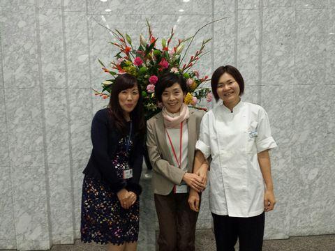 武田薬品総務の社員食堂担当のMさん、食堂の栄養士Fさん。ともに薬膳メニューを開発するのが楽しい!