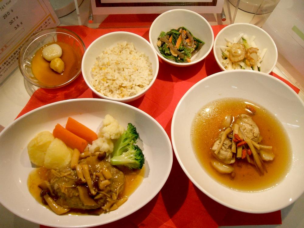 黄精と金針菜のうるおい薬膳スープ